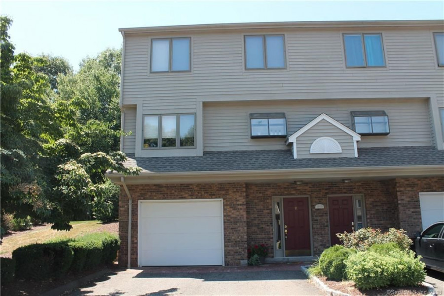 882 N Colony Rd #51, Meriden, CT