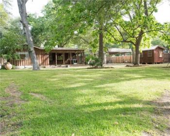 1123 E Lake Dr, Weatherford, TX