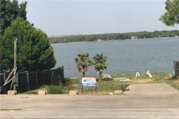 1124 W Lake Dr #643, Weatherford, TX