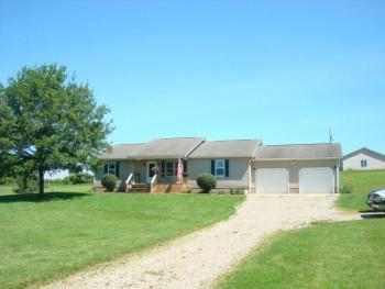 2979 Bull Creek Rd, Laurelville, OH