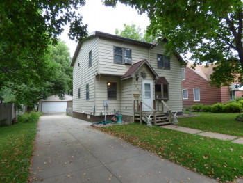1302 9th Ave NW, Austin, MN