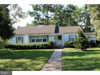 26 Chestnut Dr, Woodstown, NJ