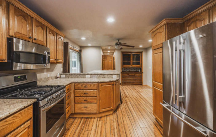3841 Mayfield Rd, Jackson, WI
